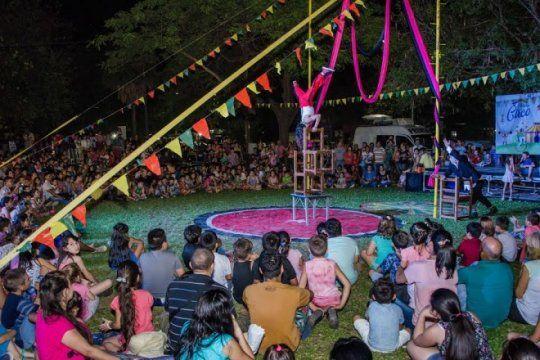 ¡todos al circo! acrobatas, magos y payasos en el primer festival internacional en pinamar