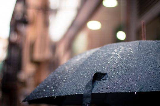 saca el paraguas: arranca una semana repleta de lluvias, tormentas y nubes