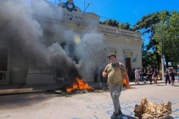 Juan Grabois acusó a Mantegazza de reprimir a cartoneros de San Vicente.