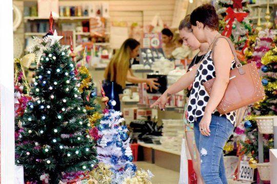 a pesar de las cuotas sin interes, las ventas minoristas en navidad bajaron 3,5%