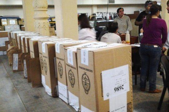 el peronismo buscara impugnar las elecciones en maipu tras la denuncia de un fraude inedito