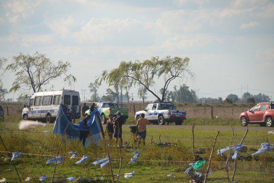 aumenta la tension por la toma de tierras en olavarria