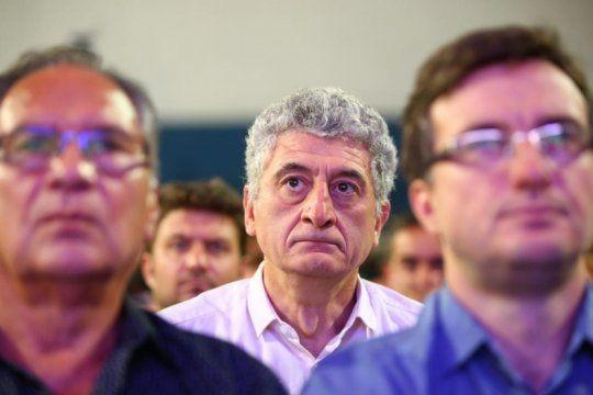 en crisis, barrera propone un apagon de boliches en villa gesell pero la oposicion habla de ?jugarreta?