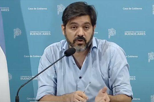 Carlos Bianco, hoy, durante el informe de la situación epidemiológica de la Provincia.