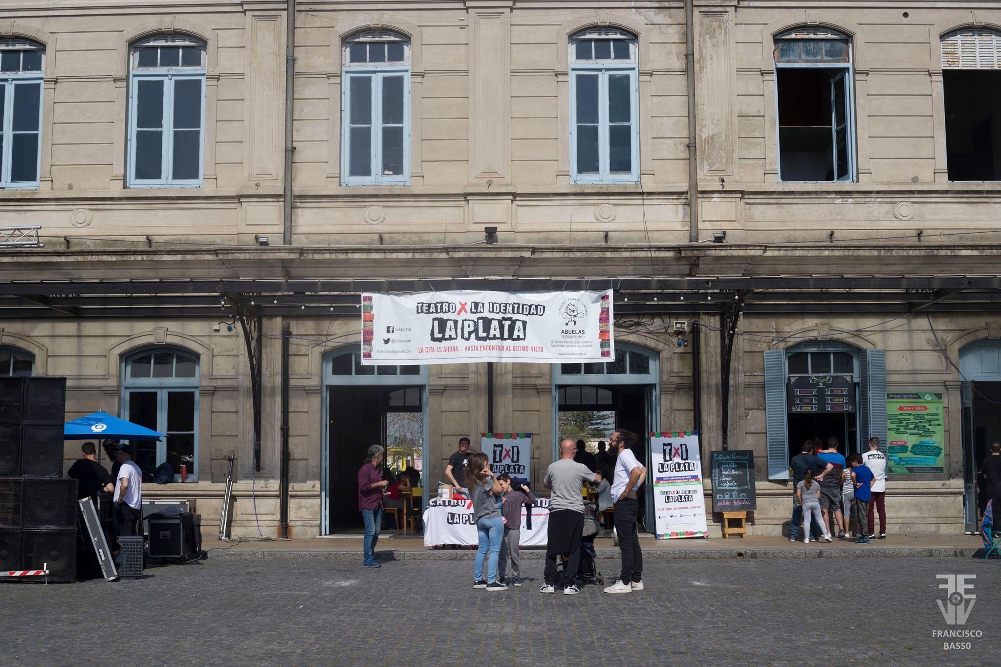 Todas las actividades de Teatro x la Identidad La Plata son con entrada gratuita.