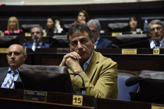 El Frente Renovador, autor de la ley que limita las reelecciones, pide la vigencia de la norma.visibility