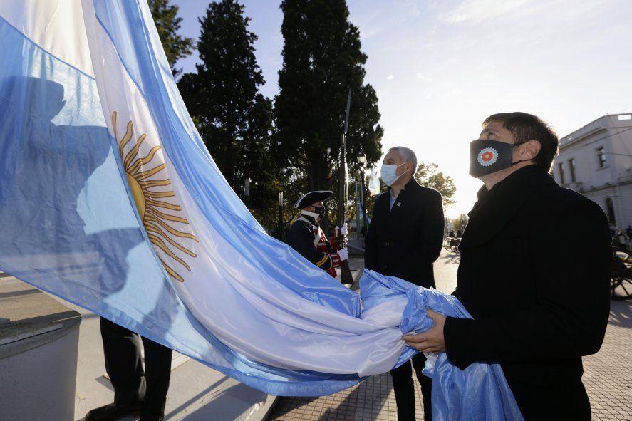 Kicillof encabezó el acto junto a Secco por el aniversario de Ensenada