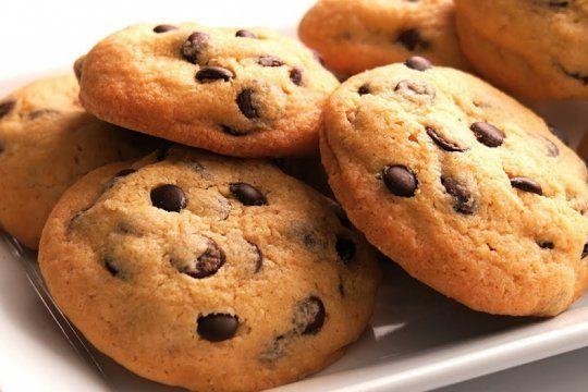 la anmat prohibio la venta de unas galletitas y un oregano por no cumplir las normativas vigentes