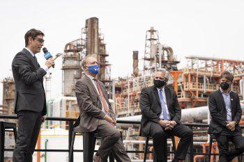 YPF negocia para reestructurar deuda de gestiones anteriores.
