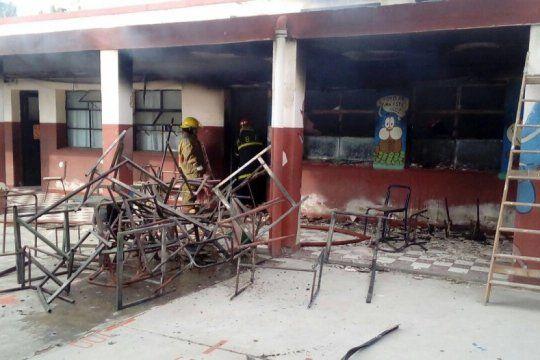 el gobierno presenta un proyecto de ley para sancionar el vandalismo en las escuelas bonaerenses