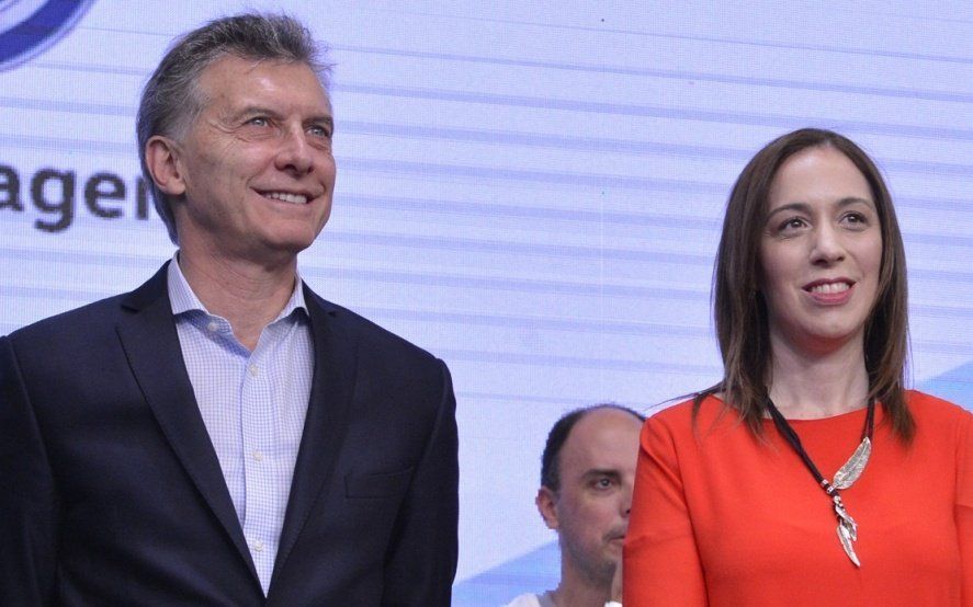 Todo junto: Vidal oficializó las fechas de sus elecciones junto a las nacionales