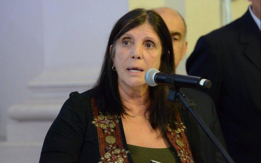 Una senadora K suelta y en modo campaña por la Provincia