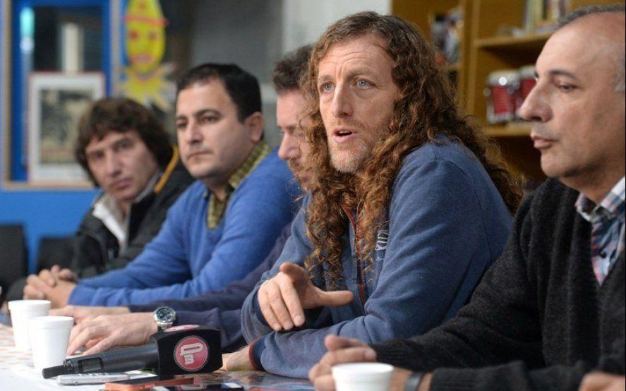 En distinto tono, estatales piden reapertura de paritaria con aumento igual a docentes