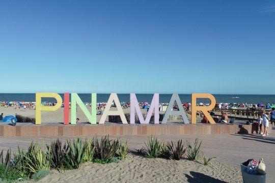 Pinamar busca cobrar una tasa de $100 pesos por turista