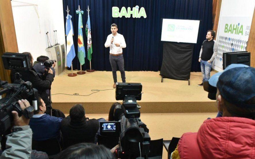 """Un funcionario de Cambiemos le dio una particular bienvenida con """"consejos"""" a Kicillof en Bahía Blanca"""