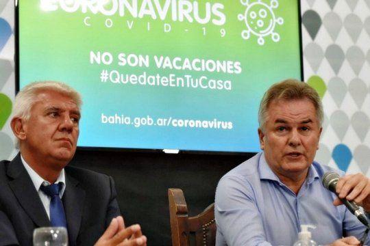El intendente de Monte Hermoso, Alejandro Dichiara, junto a su par de Bahía Blanca, Héctor Gay