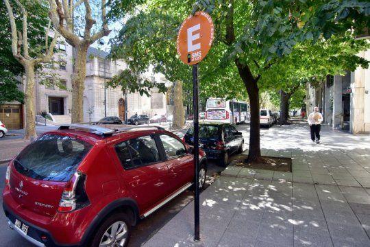 vuelve a funcionar normalmente el estacionamiento medido en la plata: enterate los valores
