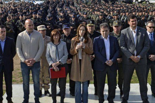 vidal oficializo el ingreso de 1.500 efectivos de fuerzas federales para combatir el delito