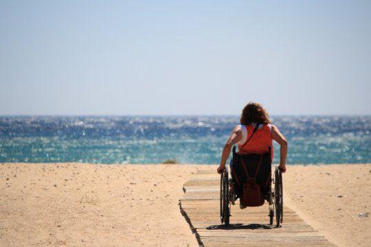 debaten por un turismo inclusivo y accesible para personas con discapacidad en tecnopolis