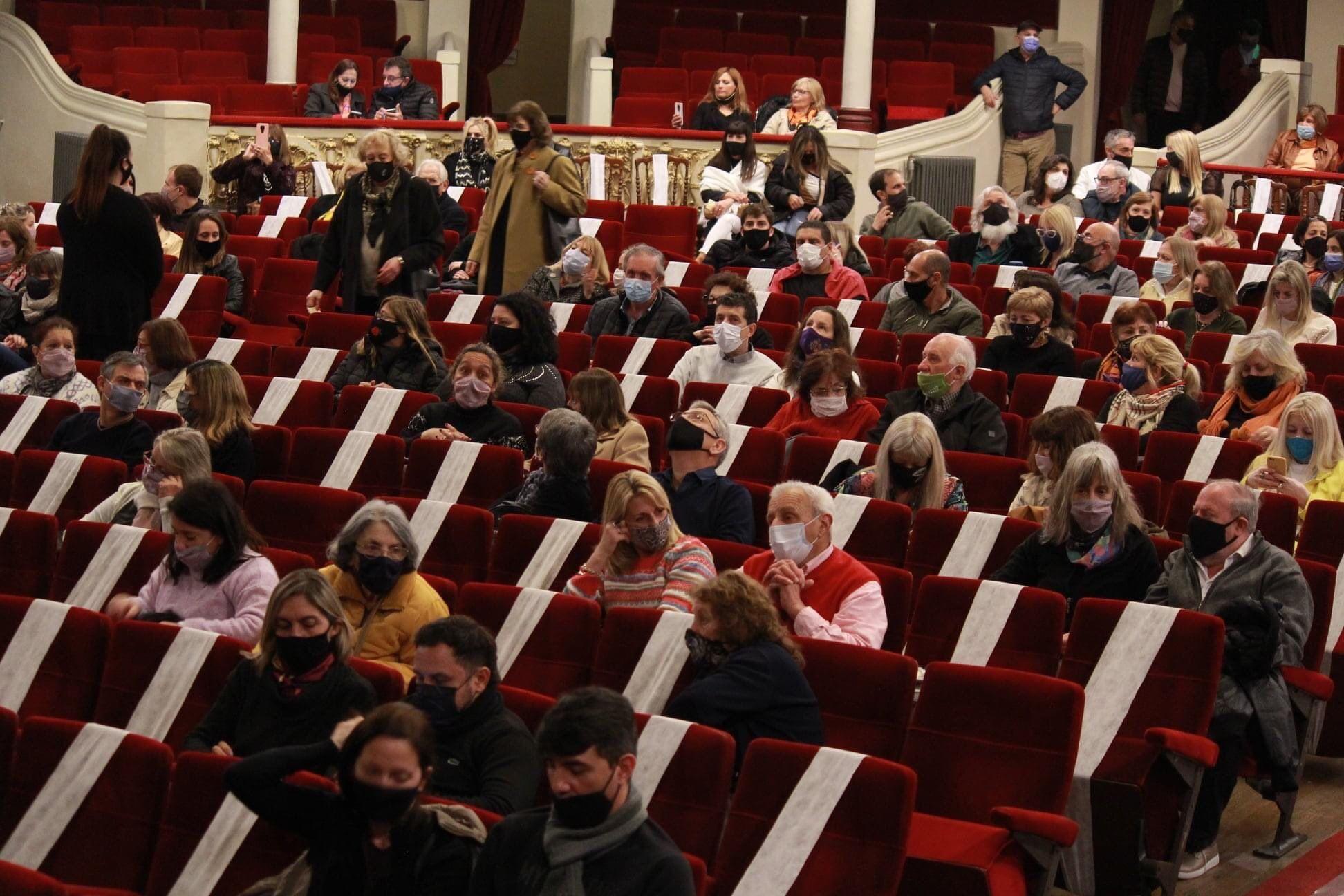 El teatro de La Plata difundió su cartelera de octubre (Foto: Coliseo Podestá)