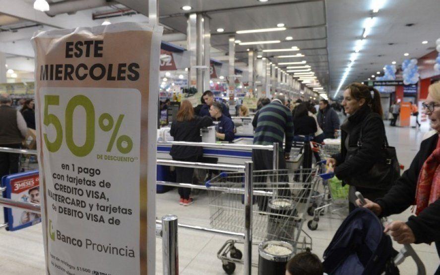 """Se acerca otro """"supermiércoles de descuento"""" para clientes del Banco Provincia"""