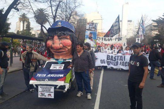 organizaciones de derechos humanos se movilizaron en la plata contra la violencia policial
