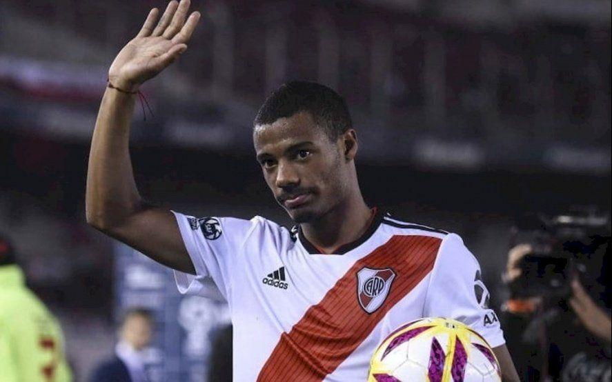 Mirá el incidente de De la Cruz con la polícia que terminó con el jugador de River detenido en Paraguay