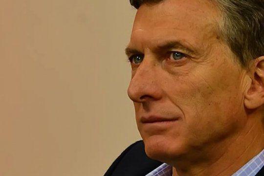 el gobierno celebro ante empresarios de wal street la caida del salario real en argentina