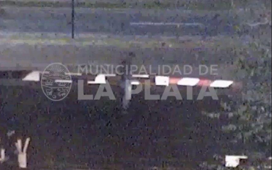 Con video: Así rompían las barreras del Ferrocarril Roca para poder circular en pleno paro