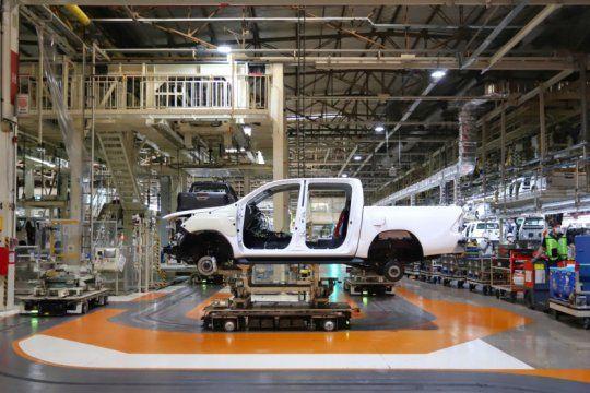 la produccion nacional de vehiculos crecio 36,1% en julio