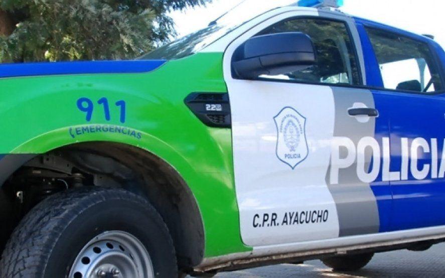 Ayacucho: la Provincia desafectó a un jefe policial y volvió a exponer al Gobierno municipal