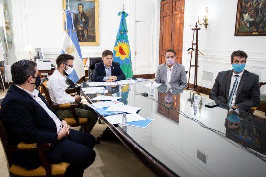 kicillof anuncio un plan de obras de agua para la provincia