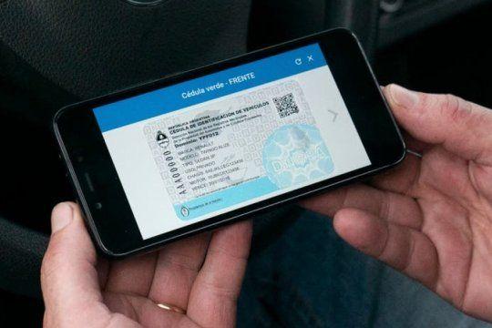 como funciona la aplicacion que te permite tener todos los documentos del auto en el celular