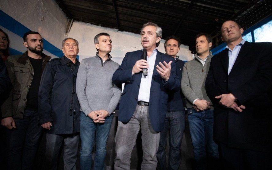 Fernández llevó su campaña al conurbano y prometió reactivar la economía