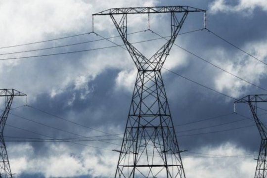 distribuidoras de energia advierten que si los usuarios que pueden pagar no lo hacen, corre riesgo el suministro