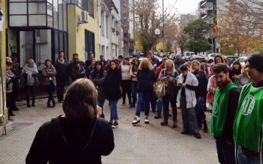 Trabajadores denuncian despidos en Educación y preparan medidas para exigir la reincorporación
