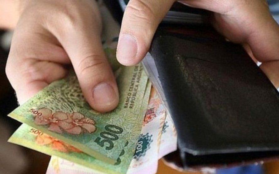 Los salarios perdieron 10,3% contra la inflación