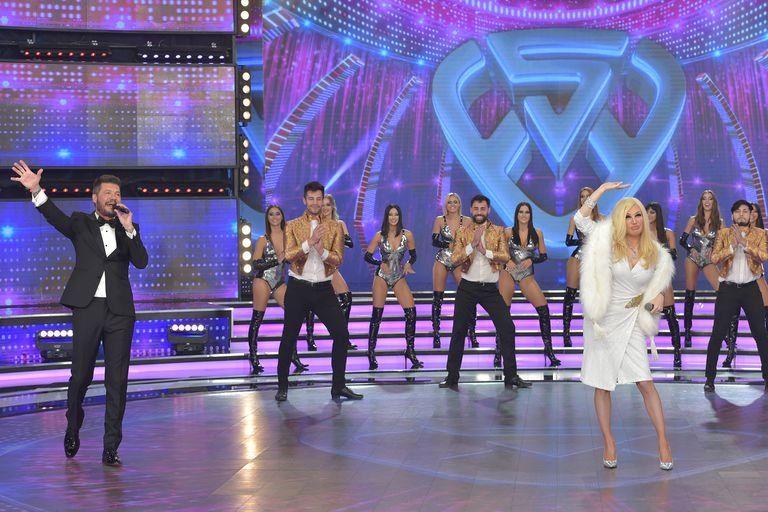 Fátima Flórez imitó a Susana Giménez en la apertura de Showmatch