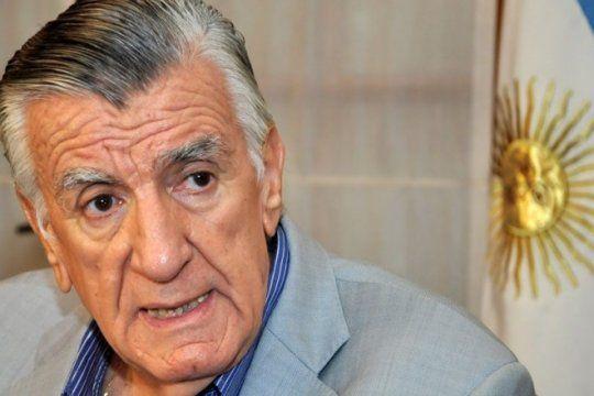 gioja: le metieron la mano al bolsillo a los jubilados, y ahora quieren cagar al resto de los argentinos