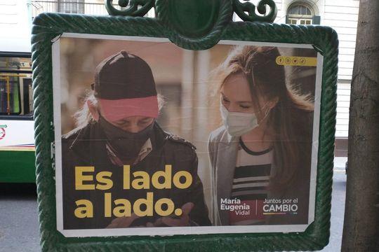 es lado a lado: el ambiguo slogan de campana de maria eugenia vidal