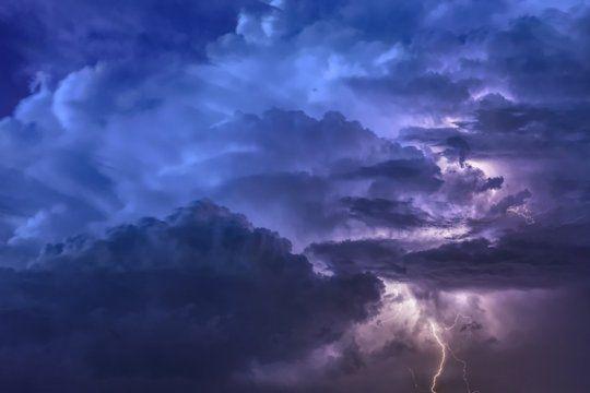 alertan por tormentas fuertes con lluvias intensas en mas de 50 distritos bonaerenses