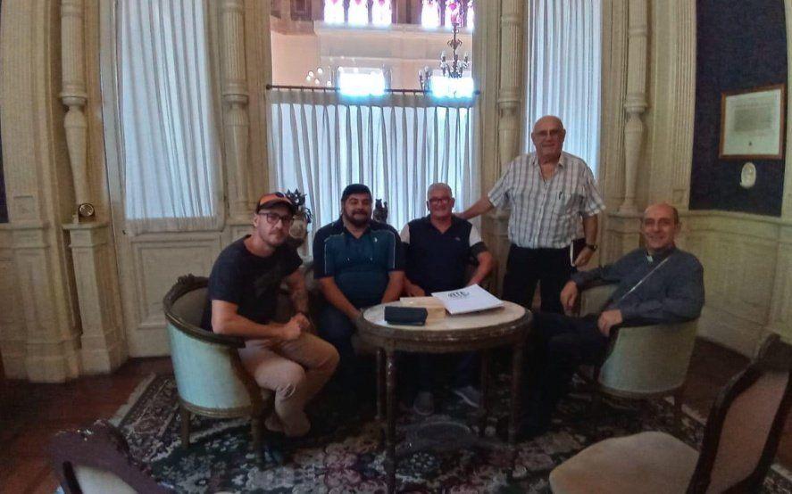 Dirigentes de ATE Ensenada se reunieron con el Arzobispo de La Plata para avanzar con la reactivación del Astillero