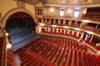 El teatro Coliseo Podestá de La Plata ya presentó su cartelera de espectáculos