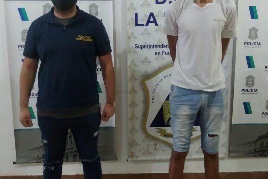 El joven fue detenido en el barrio platense de Villa Elvira