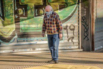 El martes empezaron a cobrar los jubilados y pensionados con haberes superiores a los $20.374 (Foto de archivo)