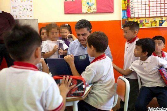 Contra el cierre de escuelas, Jorge Macri quiere que la educación sea declarada un servicio esencial.