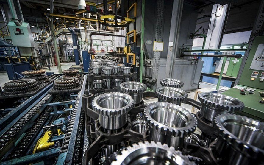 La capacidad instalada de la industria continúa a la baja: en octubre cayó al 62,1%