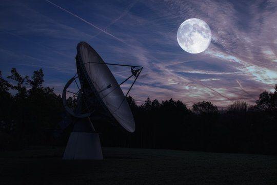 Captaron una señal de radio de un planeta similar a la Tierra en otro sistema solar