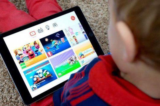 ?momo challenge?: ¿que recomienda youtube para cuidar a los chicos en internet?