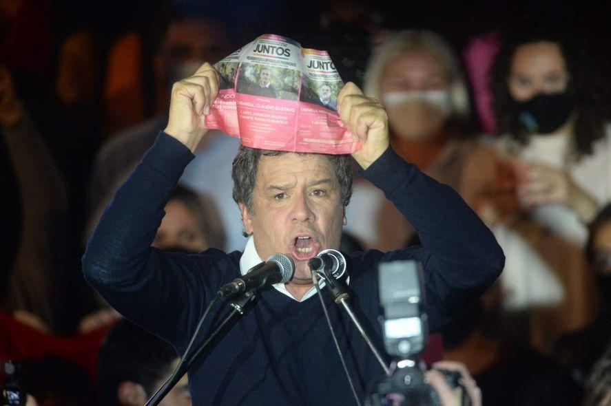 La Unión Cívica Radical se embandera atrás de Facundo Manes para ir por más lugares en el armado de Juntos para las elecciones de noviembre.